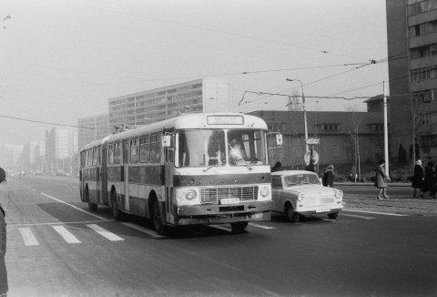 Autobuz IKARUS linia 55 CFR Halele Obor