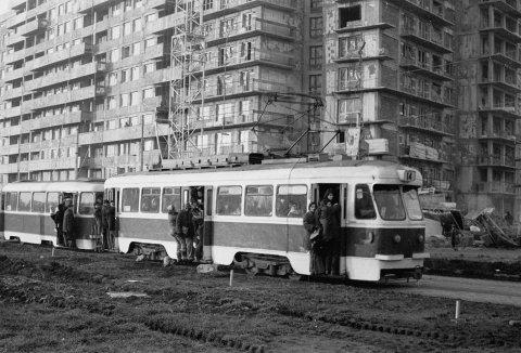 Tramvai linia 14 în Pantelimon 15.10.1975