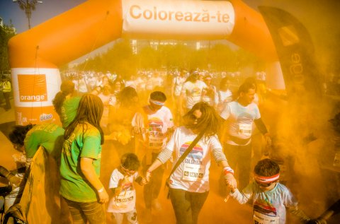 Portocaliu - The Color Run 2017